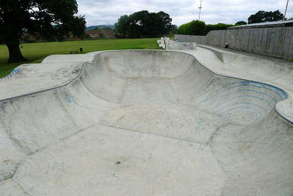 skate bowl at love lane